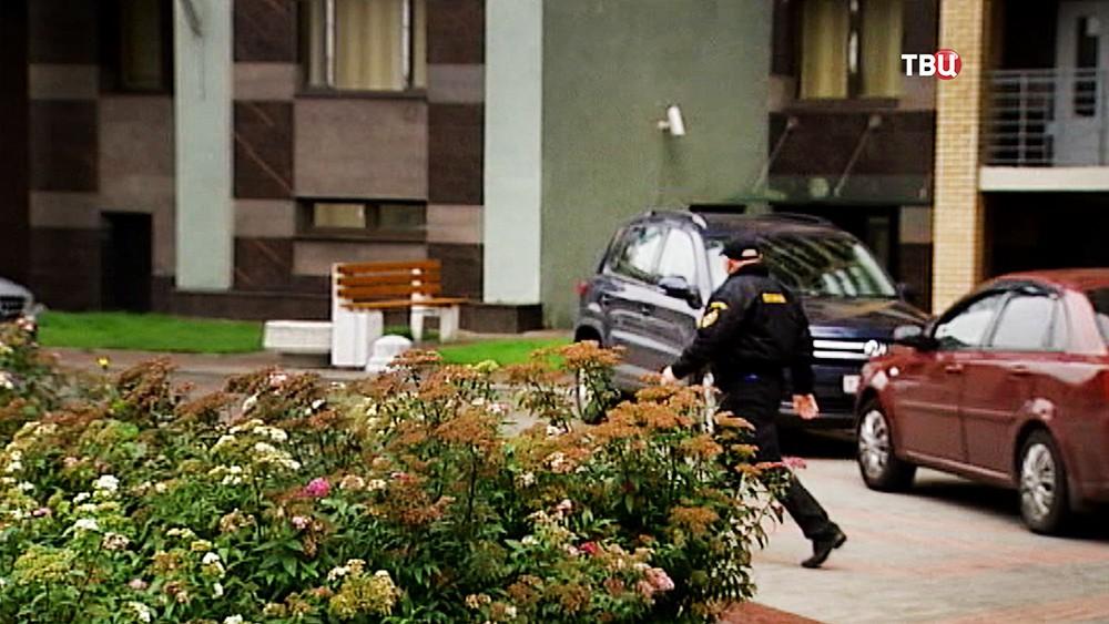 Место, где женщина ударила ребенка ногой в Санкт-Петербурге