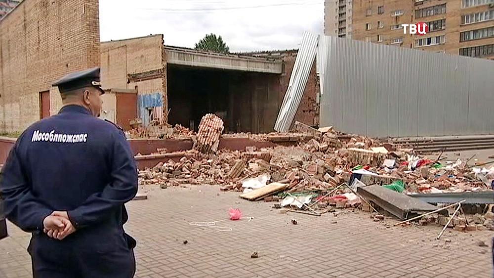 Последствия обрушения кинотеатра в Балашихе