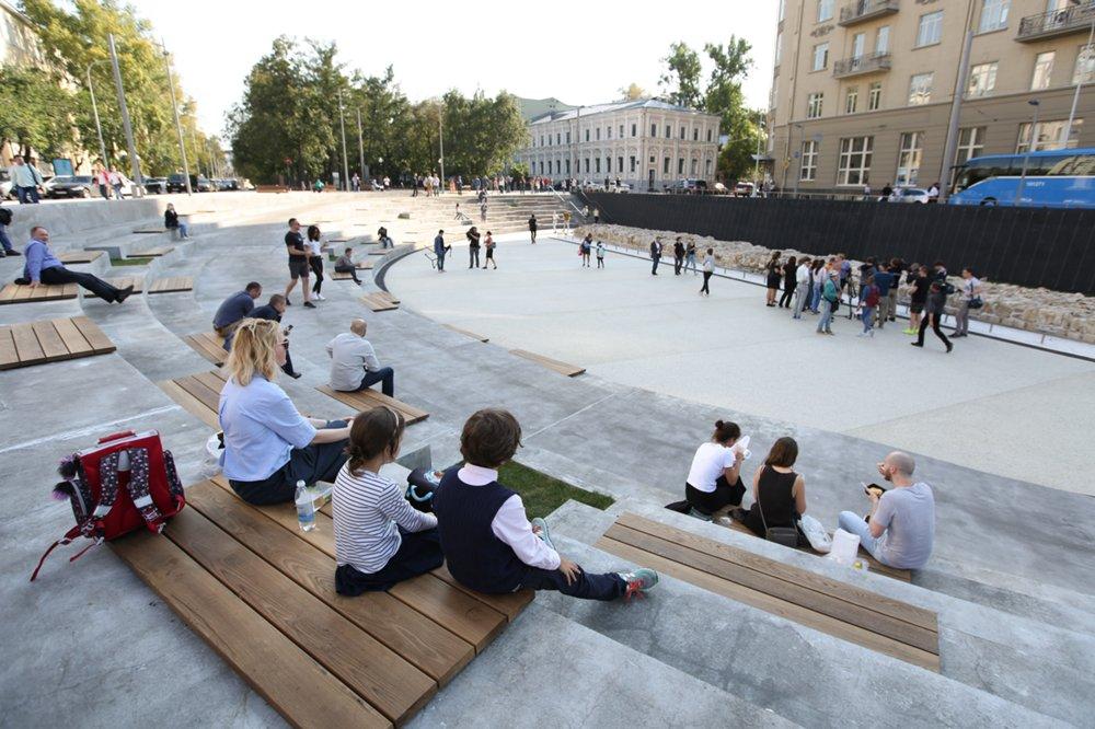 Картинки по запросу хохловская площадь москва