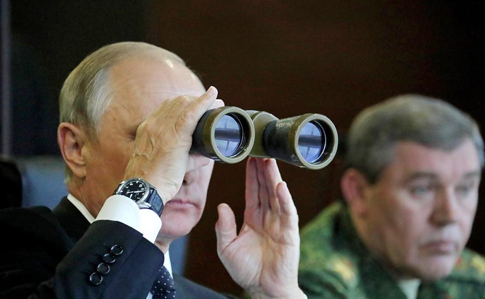 Владимир Путин посетил совместные российско-белорусские стратегические учения