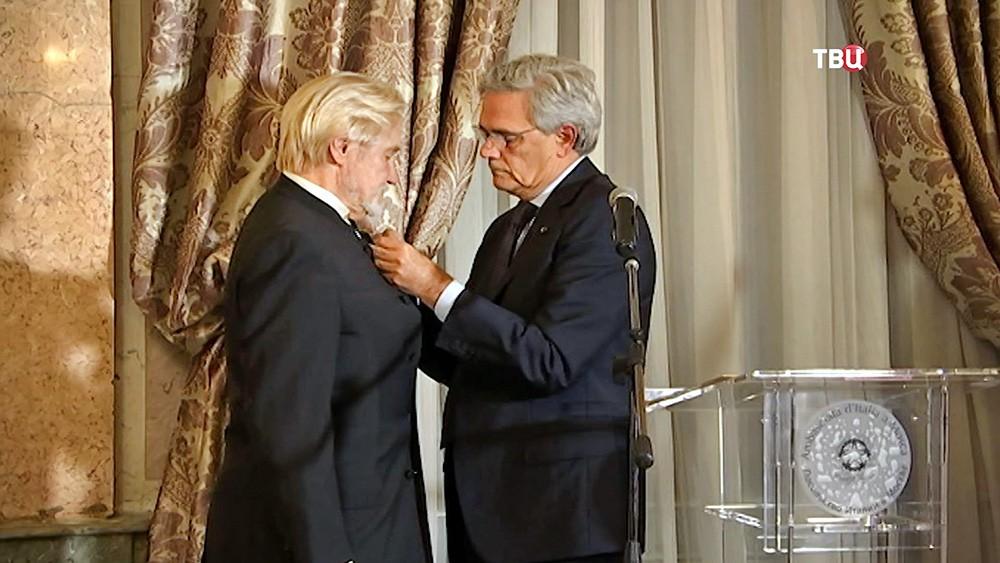 Вручение Ордена звезды Италии российскому балетмейстеру Владимиру Васильеву