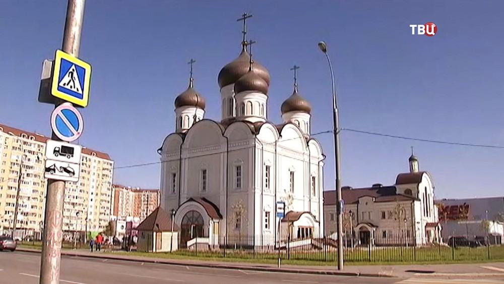 Храм Живоначальной Троицы в Москве