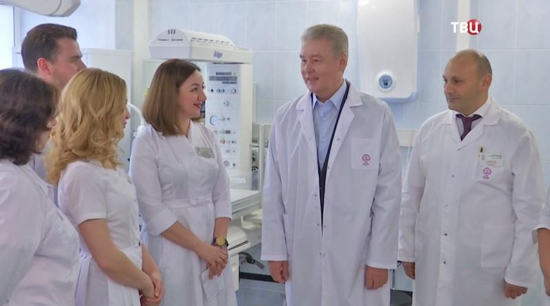 Сергей Собянин в роддоме
