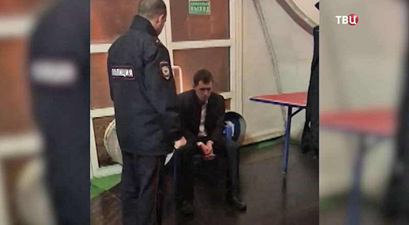 Задержанный хулигана в петербургском дельфинарии