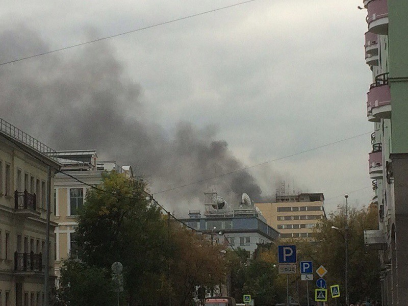 В столице России МЧС проверяет информацию овозгорании вдевятиэтажном помещении