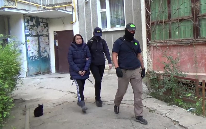 Анна Сухоносова, задержанная ФСБ России в Симферополе по обвинению в передаче спецслужбам Украины сведений, составляющих государственную тайну