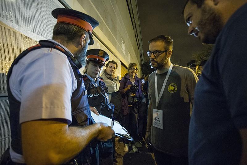 ВКаталонии около сорока человек пострадали при столкновениях нареферендуме