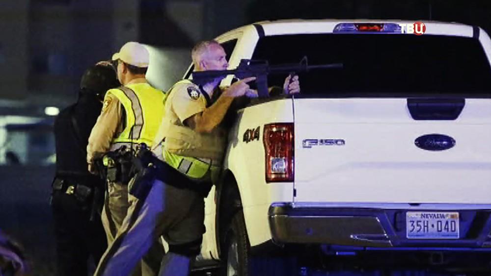 Полиция США на месте происшествия в Лас-Вегасе