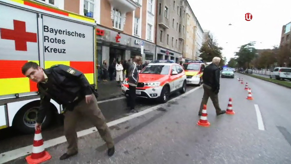 Скорая помощь на месте происшествия в Мюнхене
