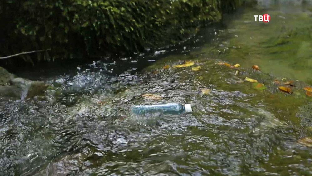 Мусор в воде