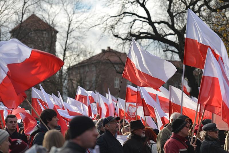 Неменее  60 тыс.  националистов вышли намарш вПольше