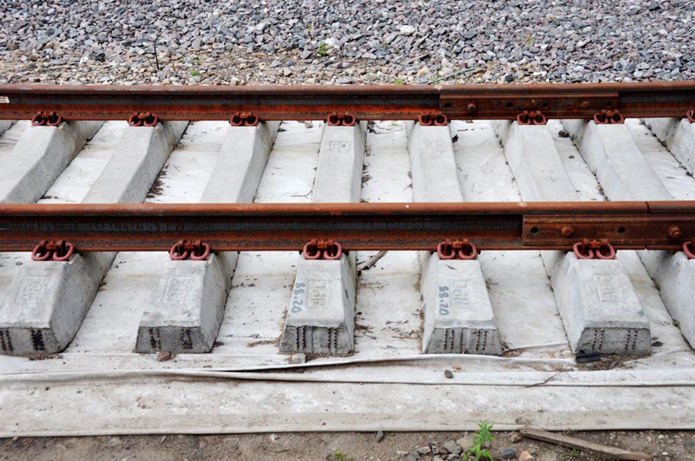 Новые железнодорожные рельсы
