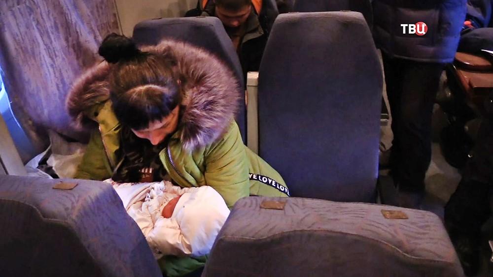 Выжившая в авиакатастрофе самолёта L-410 девочка