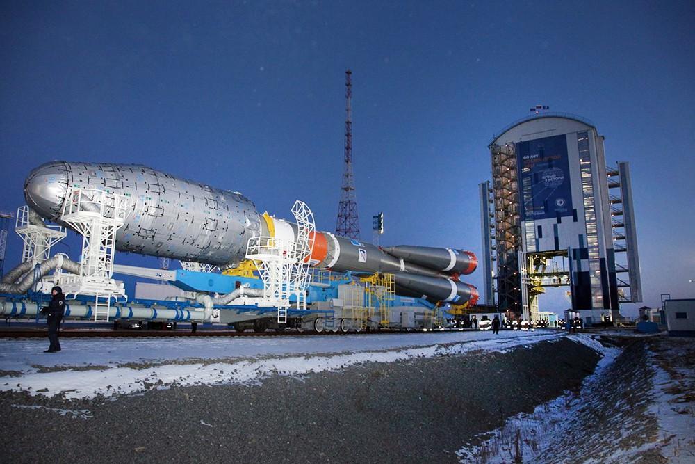 """Ракета-носитель """"Союз 2.1"""" на космодроме """"Восточный"""""""