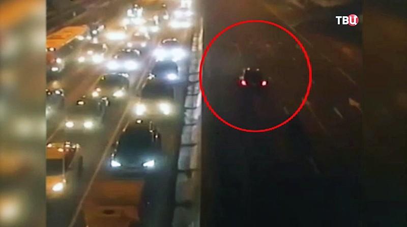 Момент ДТП на Алтуфьевском шоссе, где сбили семью
