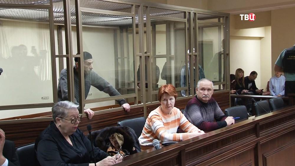 Участники захвата заложников в Буденновске, Рамзан Белялов и Магомед Маздаева, в суде