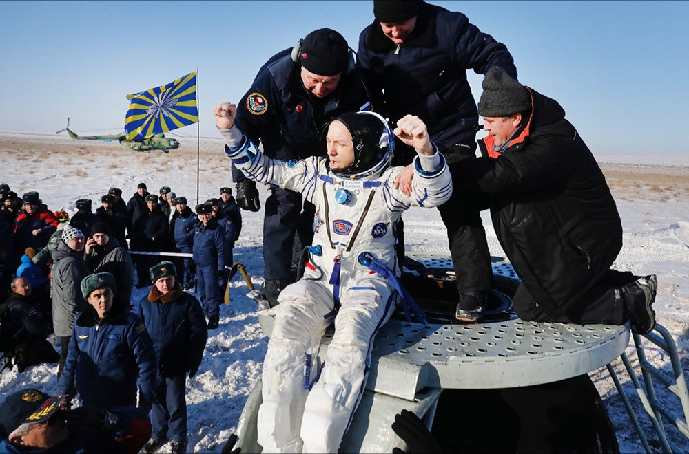 Астронавт NASA Рэндолф Брезник