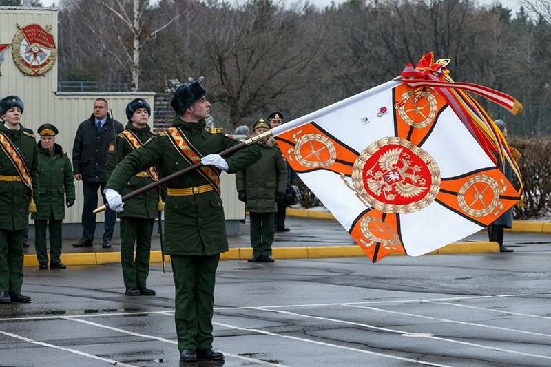 Московское высшее общевойсковое командное училище награждено орденом Жукова