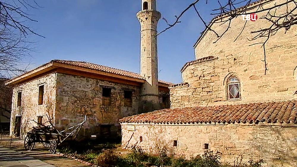 Старая мечеть в Крыму