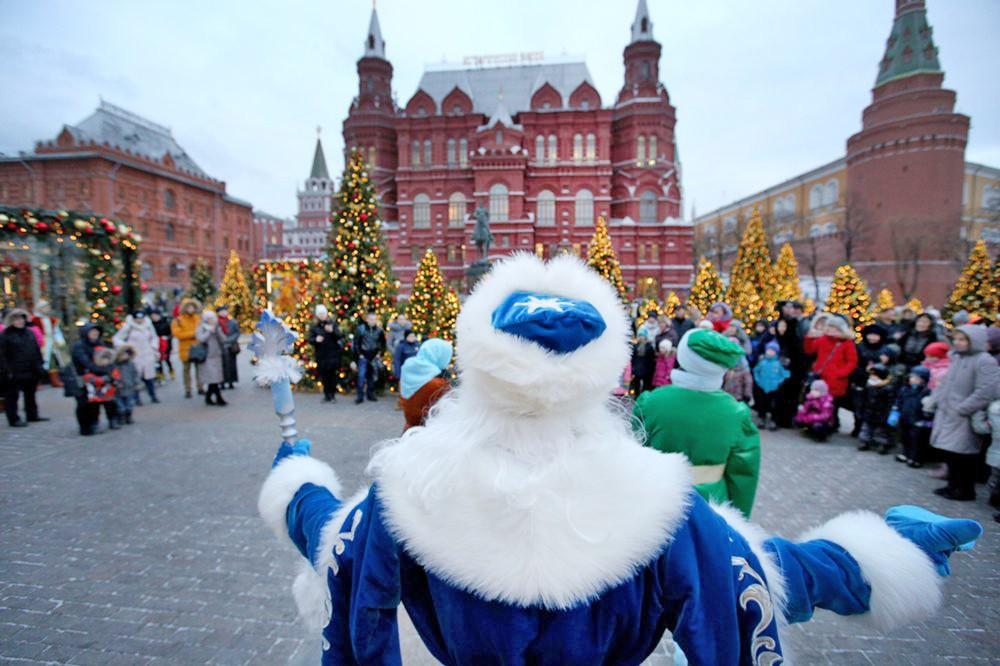 "Дед Мороз на фестивале ""Путешествие в Рождество"""