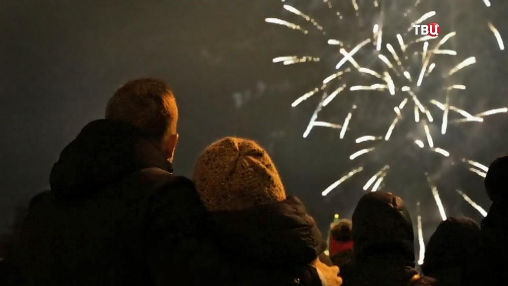 Новогодний салют в Москве