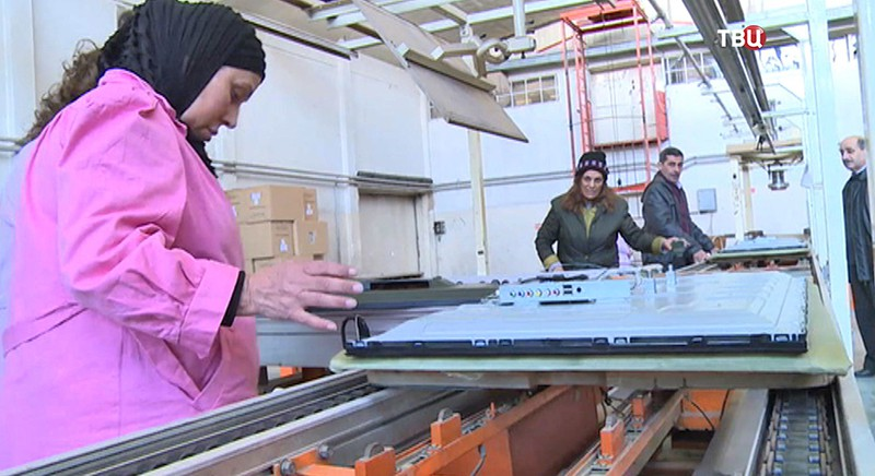 Завод по производству телевизоров