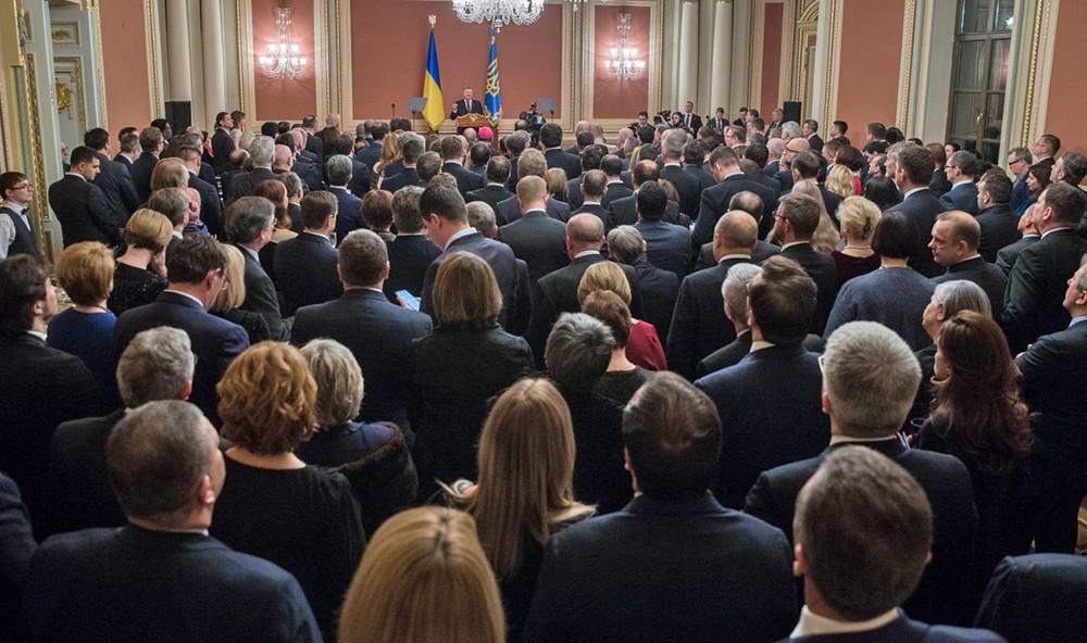 Президент Украины Пётр Порошенко на встрече с иностранными дипломатами