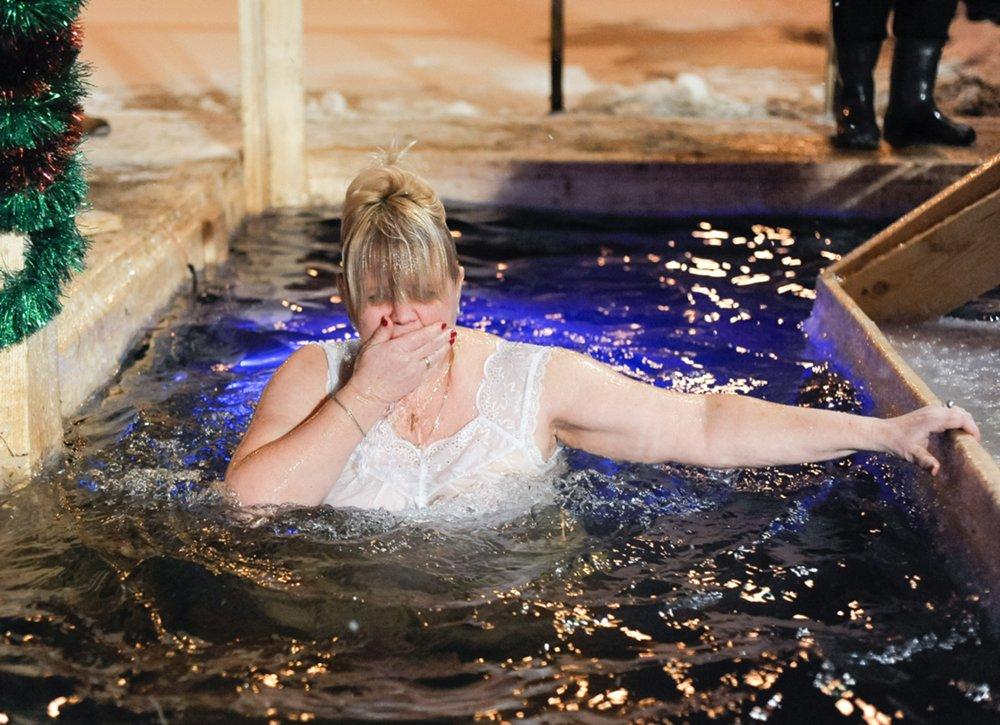 Празднование Крещения на Дворцовом пруду в парке «Останкино»