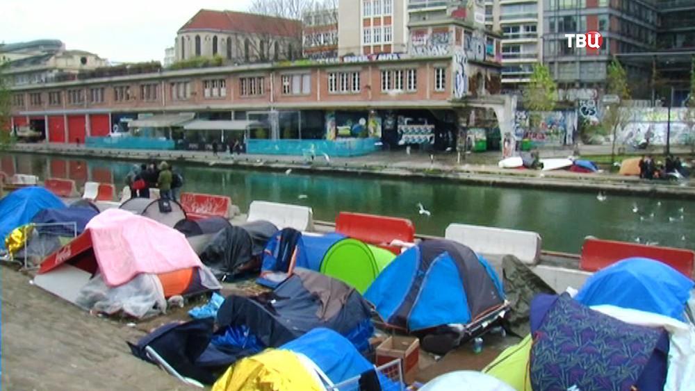 Палаточный городок в Европе