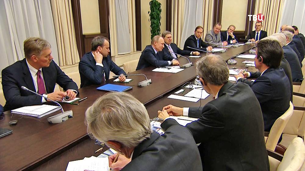 Россия стремится кразговору сбизнесом Франции наравноправной основе— Путин