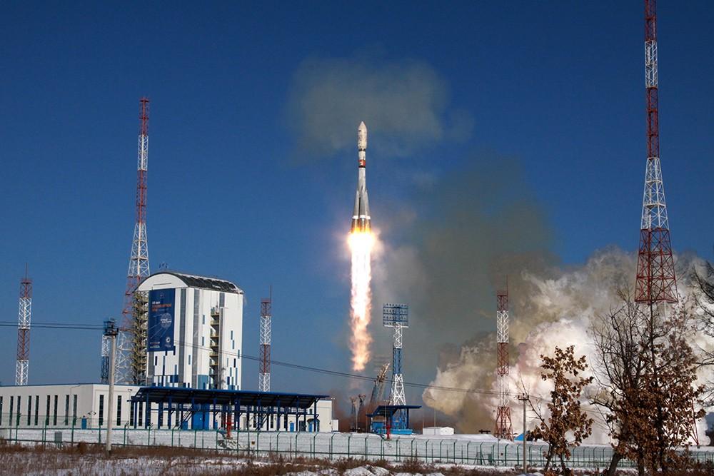 """Пуск ракеты-носителя """"Союз-2.1а"""" на космодроме """"Восточный"""""""