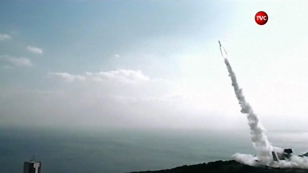 Пуск ракеты-носителя SS-520-5 в Японии
