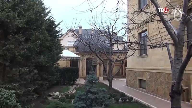 Обыск в домах дагестанских министров