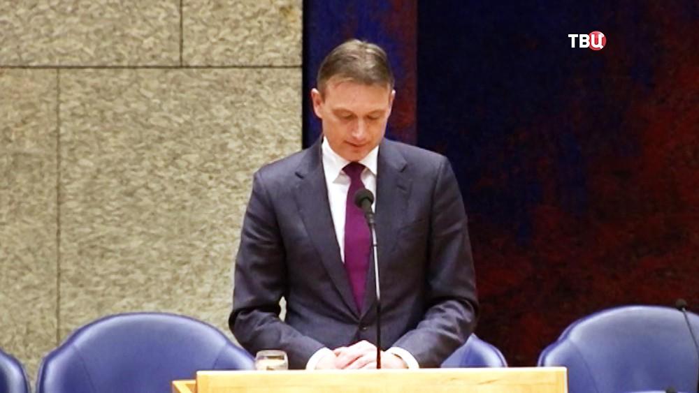 Экс-глава МИД Нидерландов Хальбе Зейлстра