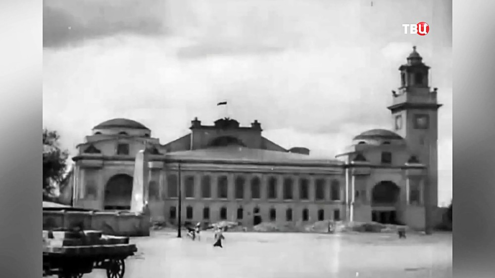 Архивные кадры здания Киевского вокзала