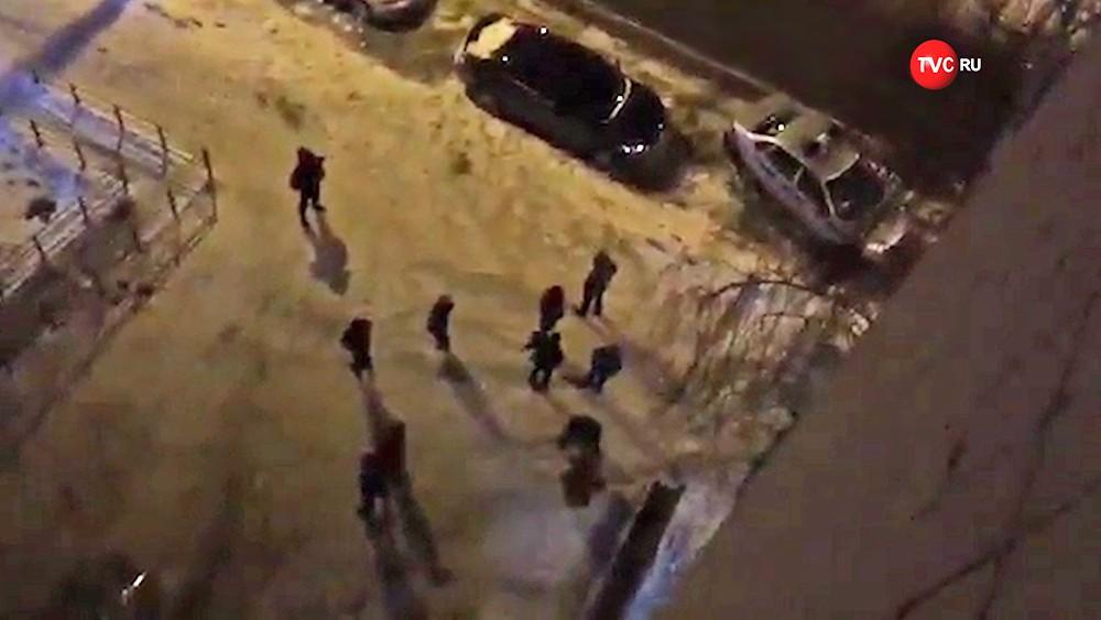 Полиция на месте стрельбы в Казани