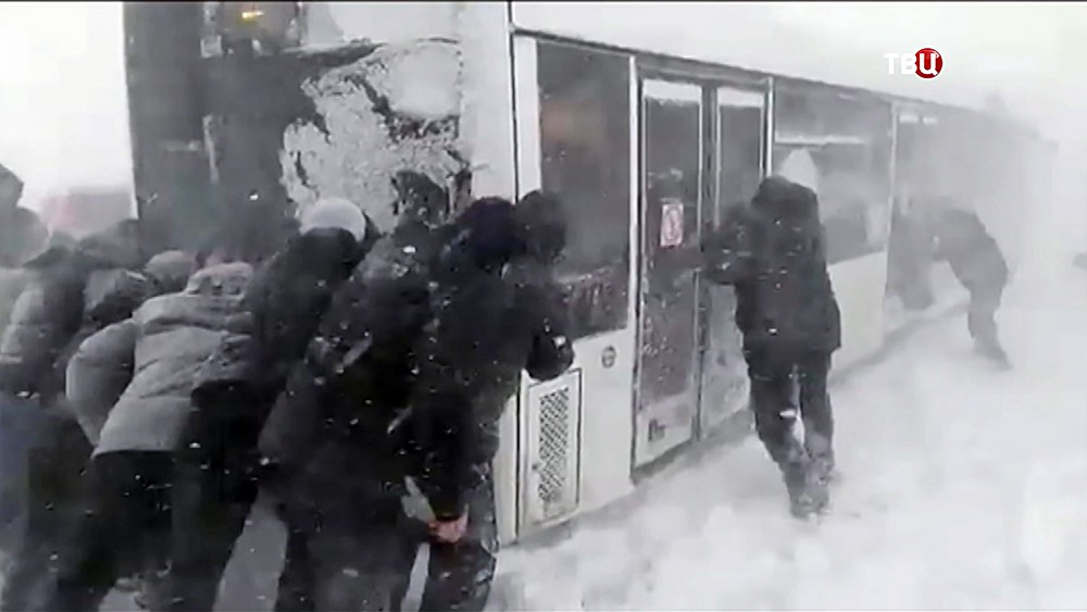 Последствия сильного снегопада
