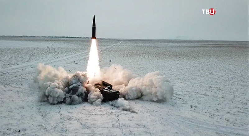 "Запуск ракеты ""Искандер-М"""