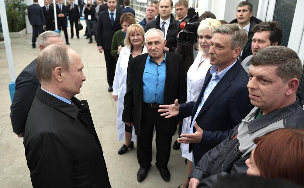 Владимир Путин посетил Национальный центр зерна в Краснодаре