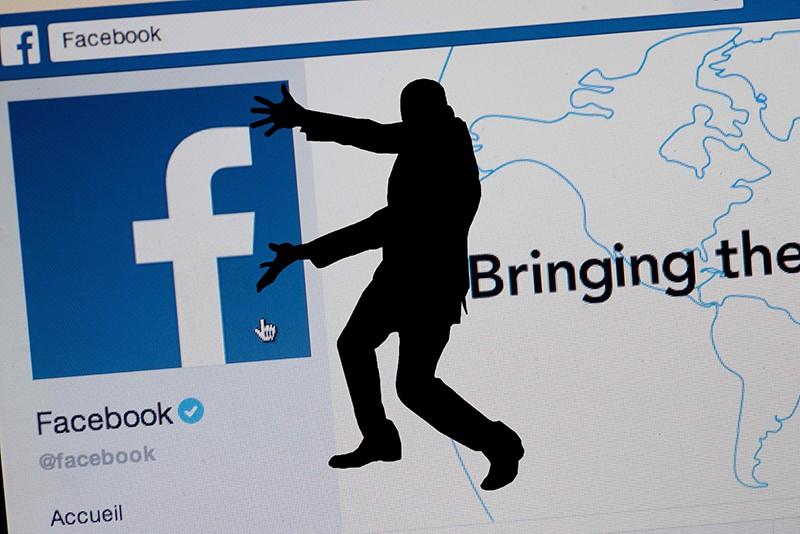 Социальная сеть Facebook могла слить данные 50 млн. пользователей