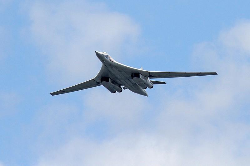 Стратегический ракетоносец Ту-160