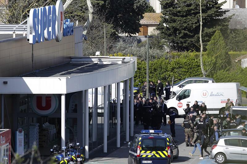 Захват заложников в супермаркете на юге Франции