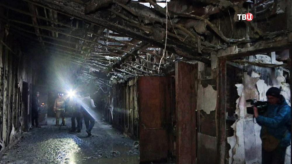 Последствия пожара в торговом центре в Кемерове
