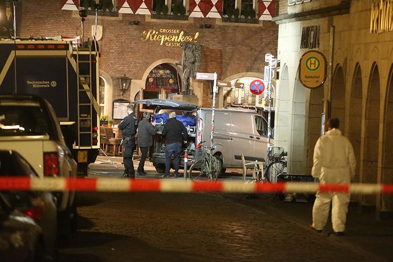 Скорая помощь на месте происшествия в Мюнстере, Германия