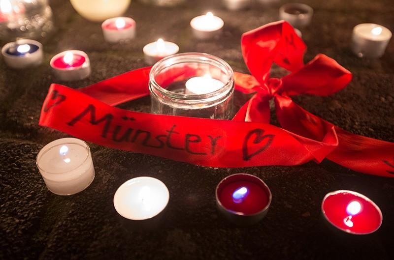 Траур по погибшим в Мюнстере, Германия
