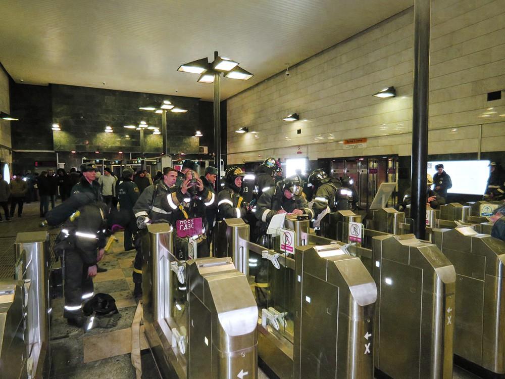 Пожарные учения в метро