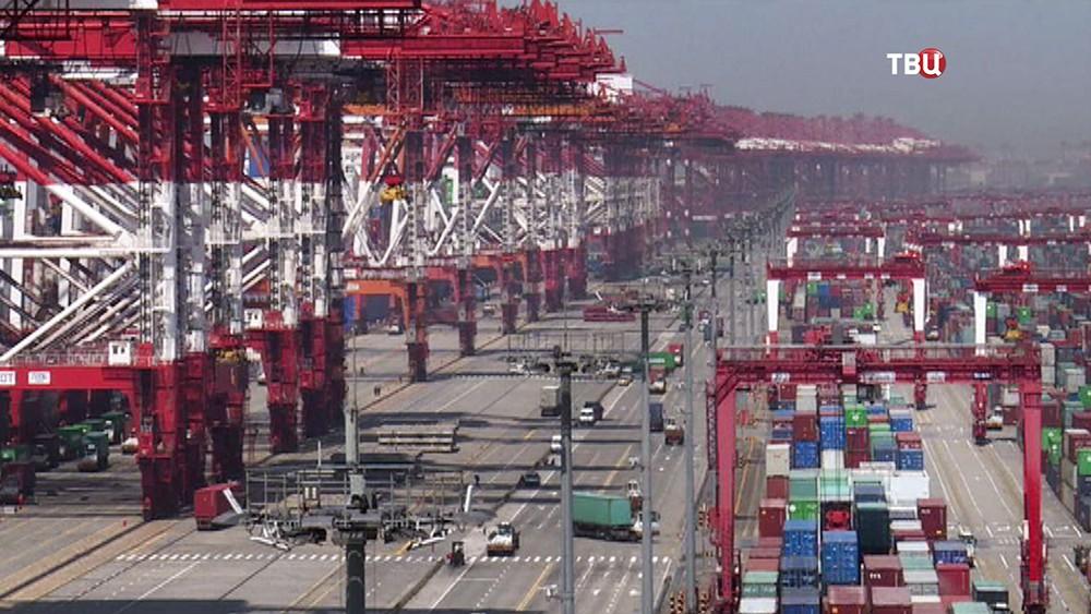 Торговый порт в КНР