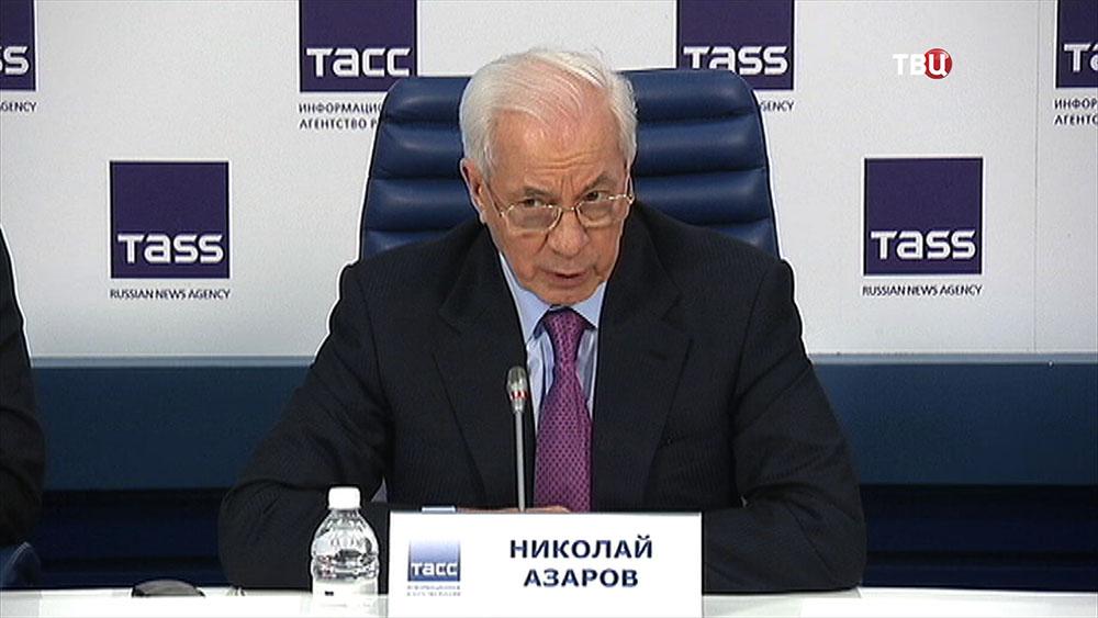 Экс-премьер Украины Николай Азаров