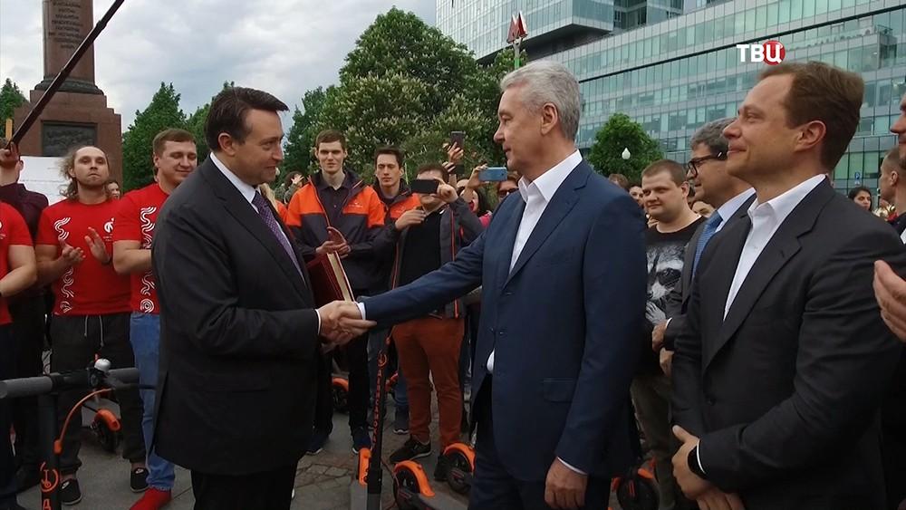 Сергей Собянин во время старта сервиса аренды электросамокатов