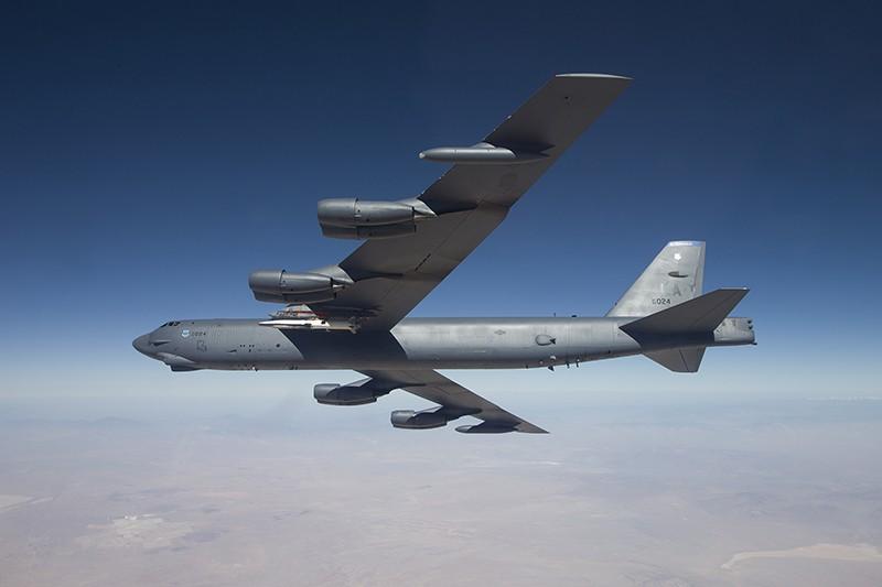 Бомбардировщик B-52 ВВС США